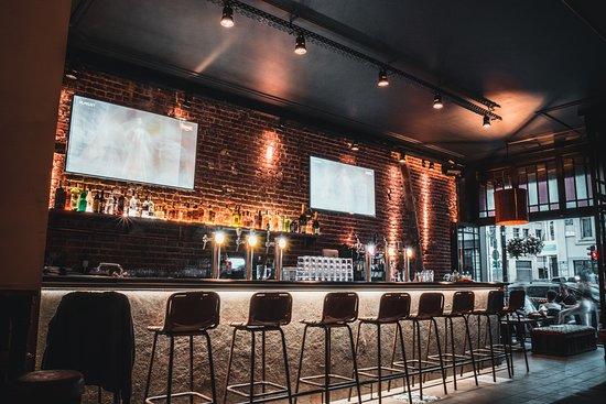 Time-Out Pub