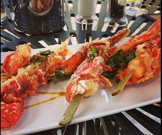 Little Bedwyn, UK: Lobster lollipops
