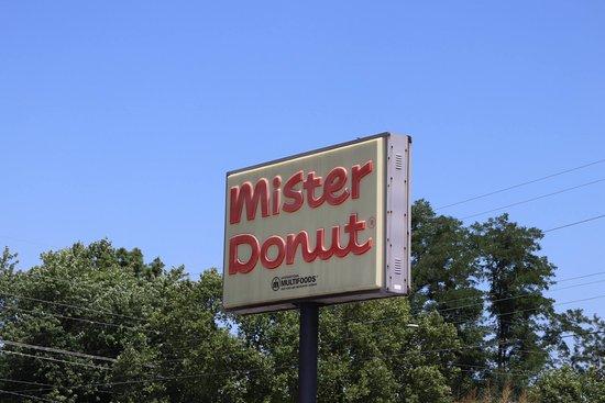 Godfrey, IL: Mister Donut