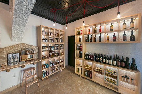 "Pazin, Kroatien: ""TASTE ISTRIA"", delicatessen Shop"