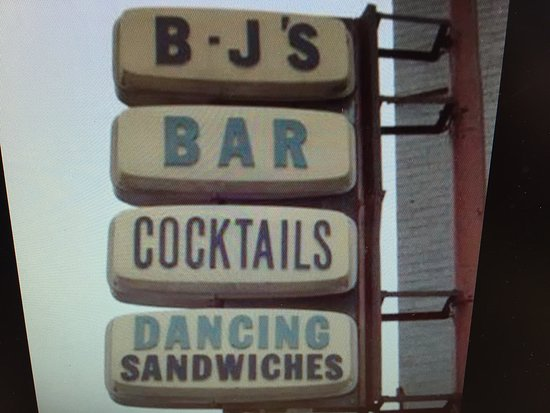 Burton, MI: Bj's Bar