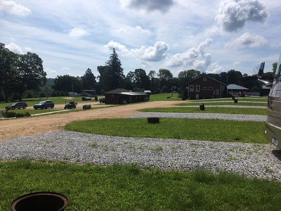 Moodus, CT: RV sites looking down to field and bathrooms