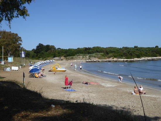 St. Spyridon First Beach: Looking along the beach