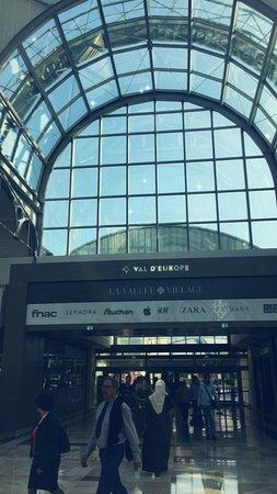 Val d'Europe Shopping Center: IMG_0858_large.jpg
