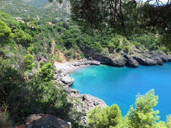 Spiaggia Grotta della Scala