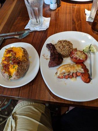 Landry's Seafood House: MVIMG_20180803_184358_large.jpg