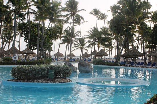 Pool - Picture of Melia Punta Cana Beach Resort, Dominican Republic - Tripadvisor