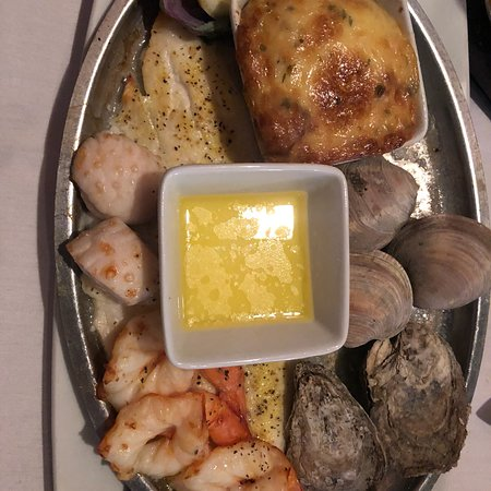 Bill's Seafood Restaurant: photo1.jpg