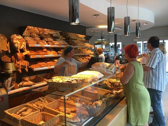 Seekirchen am Wallersee, Austria: Geschäft