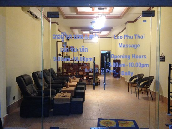 ‪Lao Phu Thai Massage & Spa‬