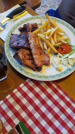 Sveti Juraj, Κροατία: Sült húsok 1 személyre