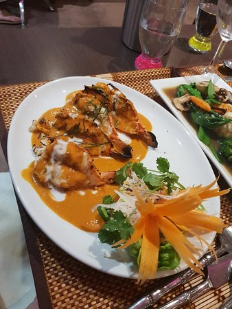 The Britannia Thai Restaurant: 20180728_212333_large.jpg