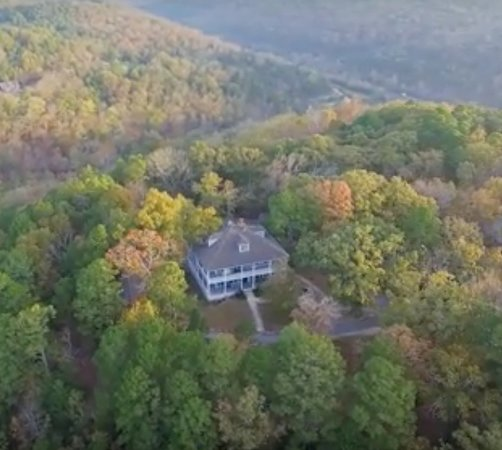 Lookout Cottages: Mountain Top View