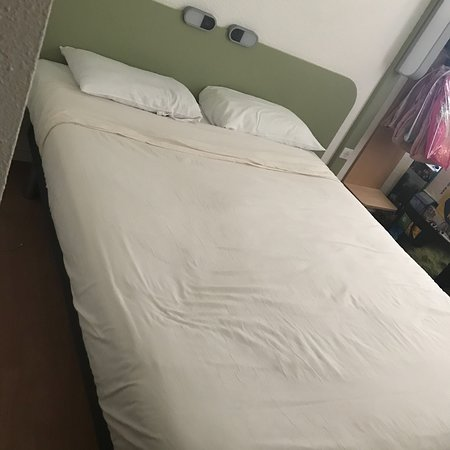 Ibis Budget Bordeaux Le Lac : photo0.jpg