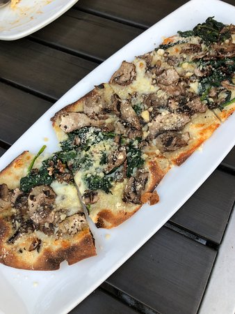 Mushroom & spinach toast - Picture of California Pizza Kitchen ...