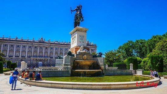 Monumento a Filippo IV