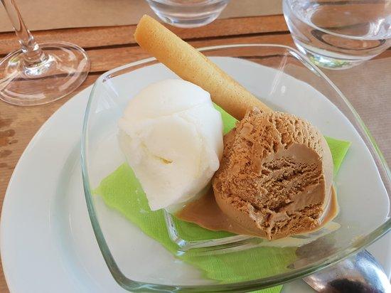 Behuard, France: Glace artisanale, citron caramel