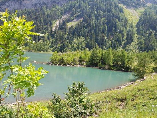 Derborence Lake