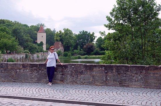 Der Faulturm и жена