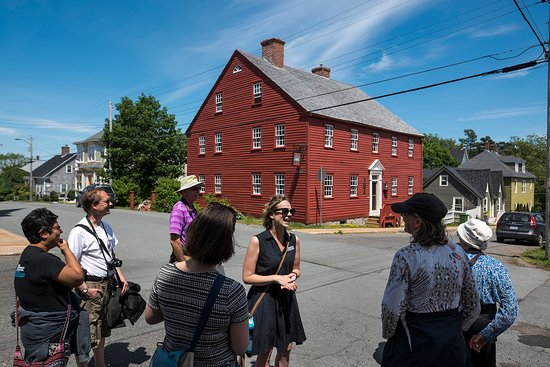 Lunenburg Walking Tours