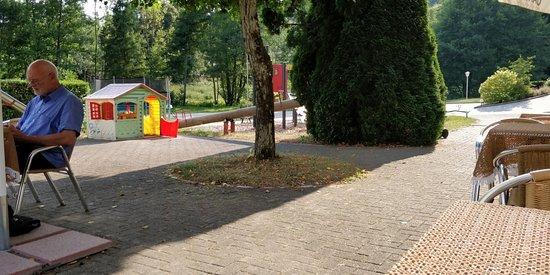 Elzach, Tyskland: Kaal terras, sfeerloos