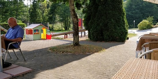 Elzach, Γερμανία: Kaal terras, sfeerloos