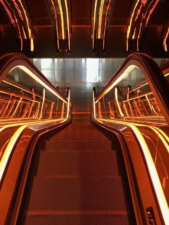 Hotel Lobby escalators - Picture of