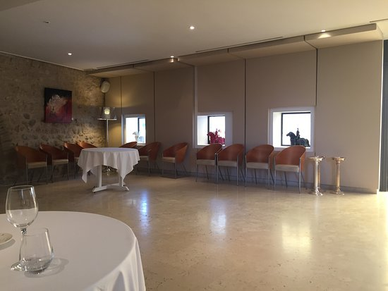 Cahuzac-sur-Vere, France: La salle vue de notre table
