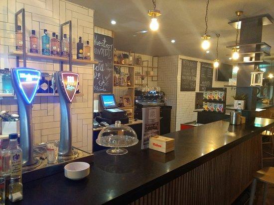 Mondejar, إسبانيا: Barra Restaurante Bar de Tapas Casa Lucre