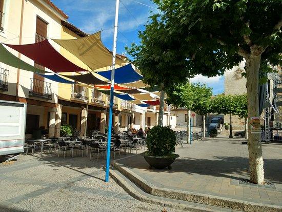 Mondejar, إسبانيا: Terraza Restaurante Bar de Tapas Casa Lucre