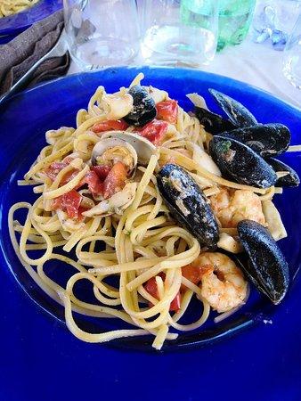Marina di Strongoli, إيطاليا: IMG_20180804_134433_large.jpg