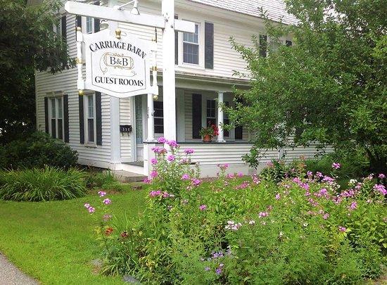 CARRIAGE BARN BED & BREAKFAST - Prices & B&B Reviews (Keene, NH ...