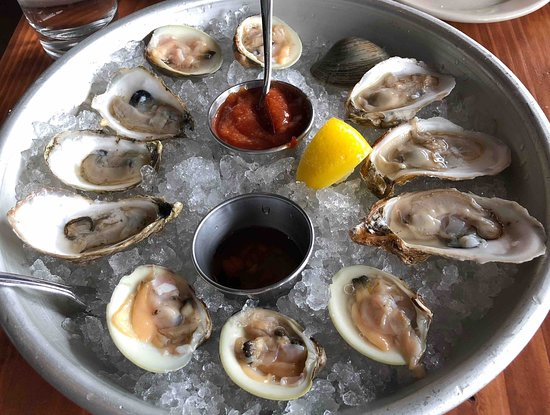 Barrington, RI: raw oysters and clams were very good - only one type each time though