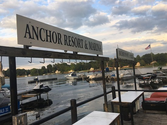 ‪Anchor Resort & Marina‬