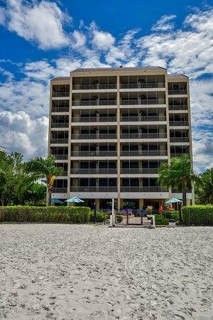 Hilton Grand Vacations Seawatch On The Beach Resort Hgv Fort