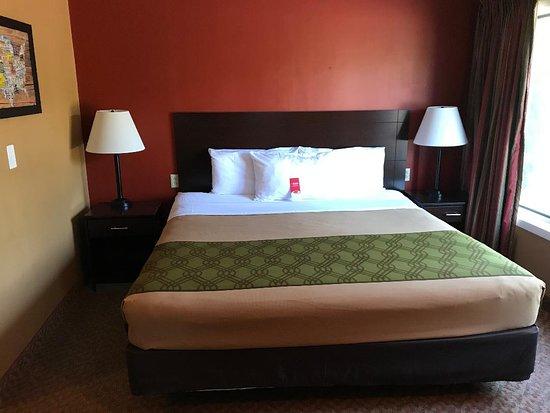 Wetmore, MI: King Bedroom