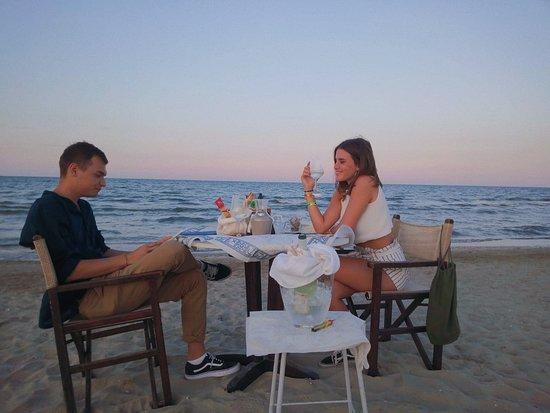 Bagno Mediterraneo Pinarella : Ristorante alta marea le vele fun beach pinarella ristorante