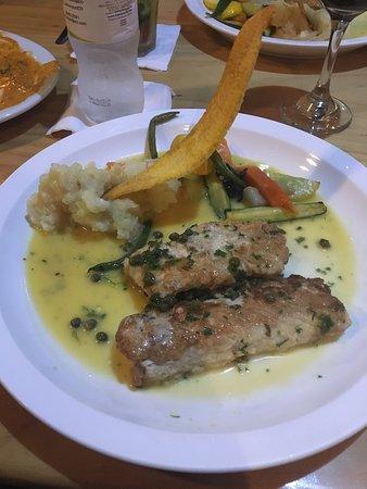 Lemon Zest Restaurant: caper mahi mahi - yum!