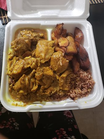 South Milwaukee, WI: 11$ LG curry chicken, plantains, and rice and peas