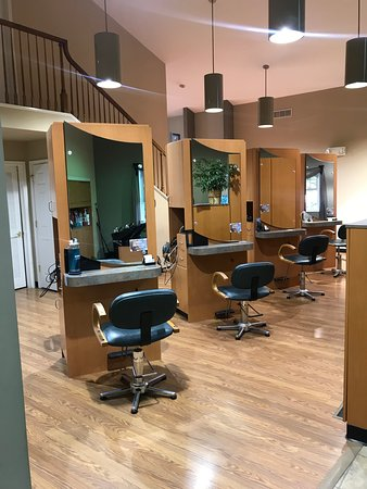 Tangles Hair Salon and Day Spa