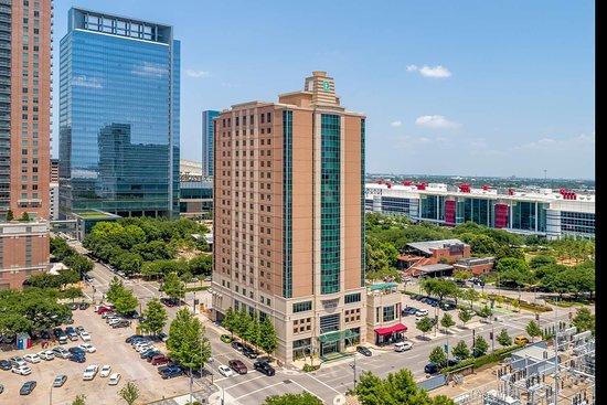 Embassy Suites by Hilton Houston Downtown: Exterior