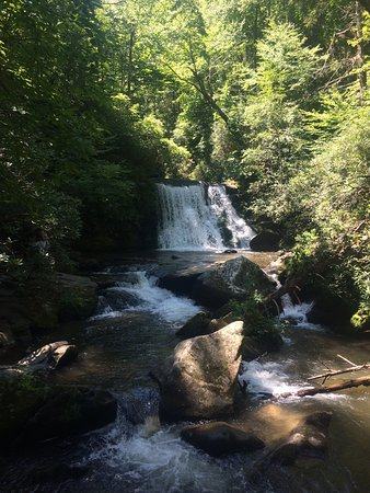 Robbinsville, Carolina del Norte: Yellow Falls.