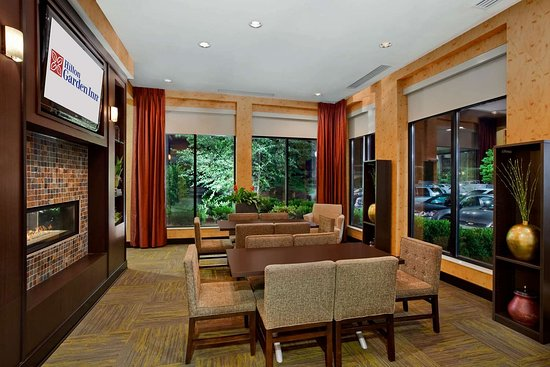 Floor Plan Junior Suites Are The Two Larger Rooms 510 512 Located Right At Elevators