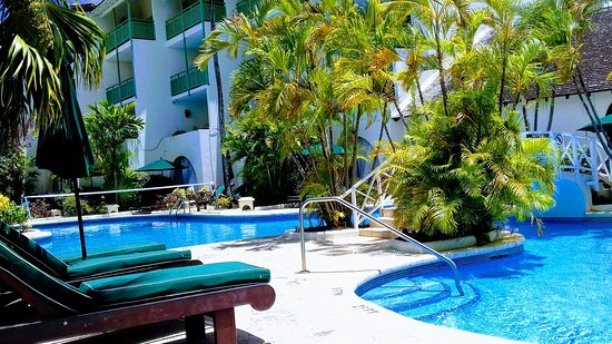 Mango Bay All Inclusive: by pool side