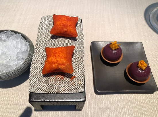 More amuse bouche, some lovely flavours.