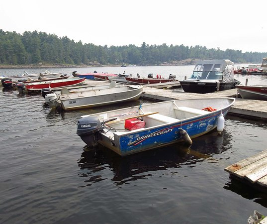 French River, Canada: The docks