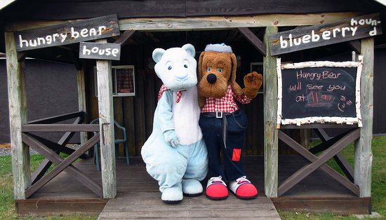 Hungry Bear Restaurant French River Trading Post: Hungry Bear & Blueberry Hound