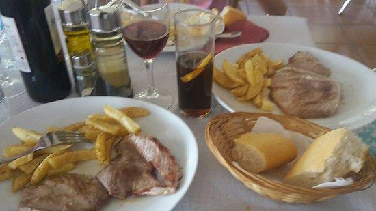 Guisando, Ισπανία: 20180804_133302_large.jpg