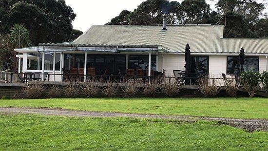 Gambar Great Barrier Lodge