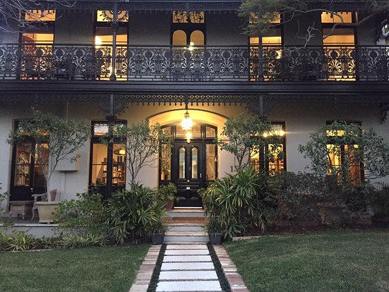 Welcome to Tara Guest House